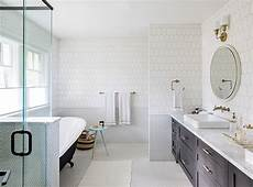 fliesen trend badezimmer 10 bathroom trends you ll see everywhere in 2018