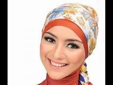 Tutorial Jilbab Segi Empat Simple Dan Cantik Untuk Wajah
