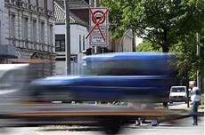 interdiction diesel d 233 clin du diesel premi 232 re interdiction dans une ville
