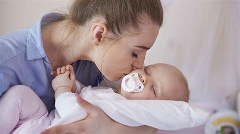 quand mettre bébé dans sa chambre davaus bebe seul dans sa chambre avec des idées