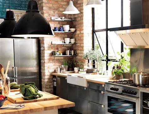 deco cuisine style industriel reussir sa décoration avec des luminaires industriels