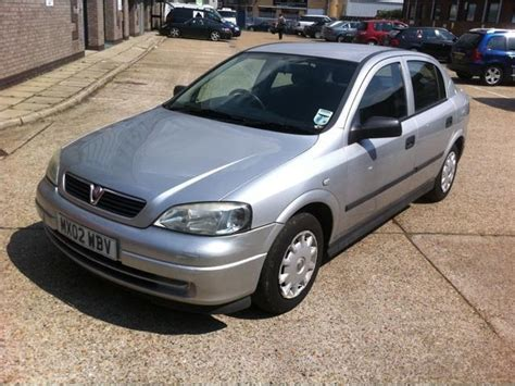 vauxhall astra automatic used vauxhall astra 2002 petrol 1 6i envoy 5dr auto