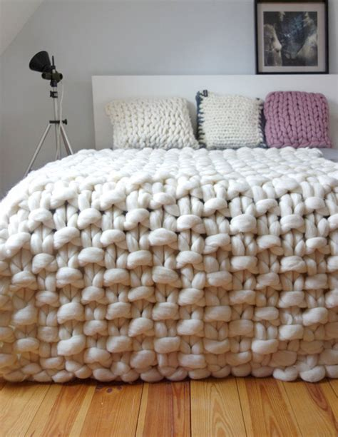 how to knit large blanket chunky knit throw chunky wool blanket giant knit by panapufa