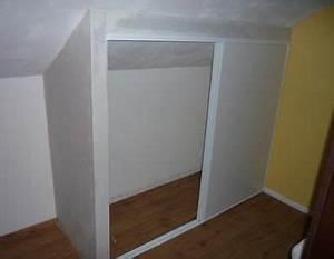 Placard Sous Rampant : placard coulissant sous rampant cabane en bois pinterest ~ Melissatoandfro.com Idées de Décoration