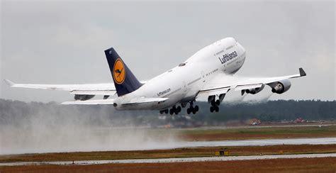abgabe auf flugtickets ein mini erfolg fuer die airlines