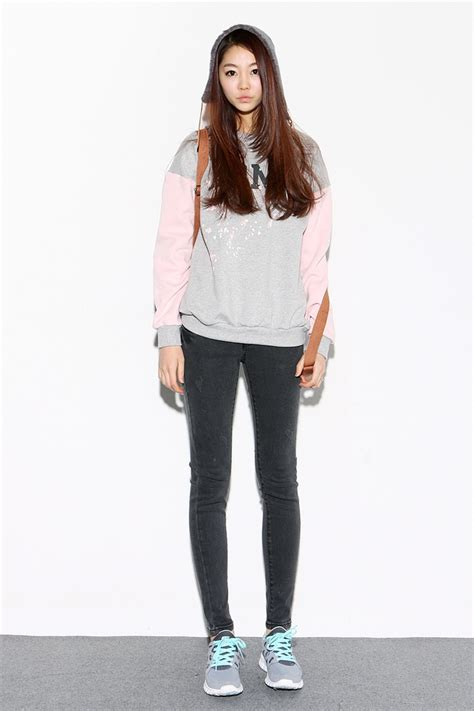 Casual street style # hoody with skinny jeans and sneakers# Korean fashion u2665 GGu0026#39;s tiny times ...