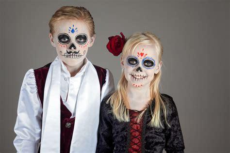 kinder halloween party rezepte deko kostueme halloweende