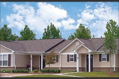 3 Bedroom Houses For Rent In Hickory Nc by Villas At Cedars Apartments In Hickory Nc 28601