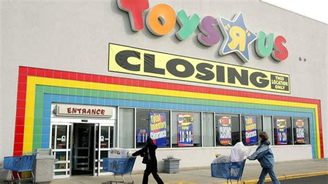 chambre b b toys r us toys r us is going toys r bust
