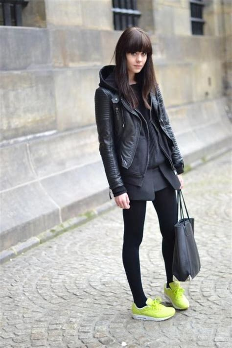 Outfit | Black and Neon - Paperblog