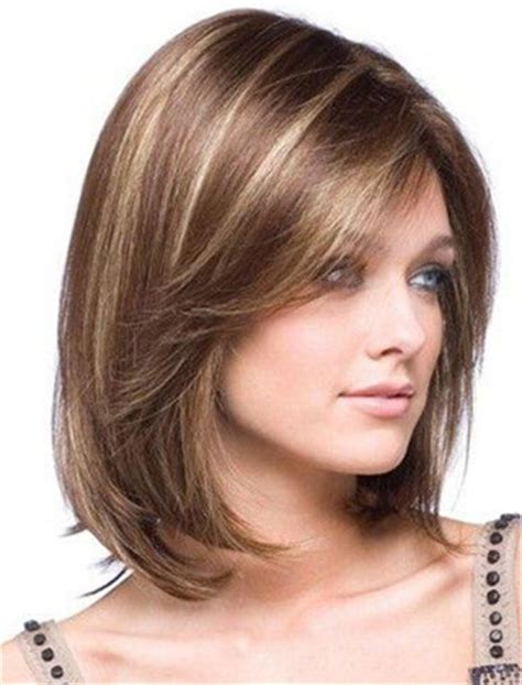 modne fryzury wlosy poldlugie modne fryzury   dla