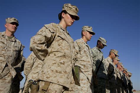 united states marine corps commissioning programs