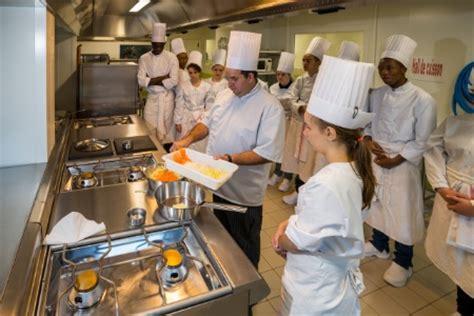 cap cuisine cours du soir à angers le lycée veil étend ses formations liées