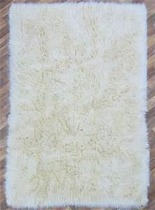 Flokati Teppich Grau : flokati teppich ~ Frokenaadalensverden.com Haus und Dekorationen
