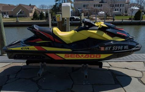 Boats For Sale Amityville Ny by Sea Doo Boats For Sale In Amityville New York