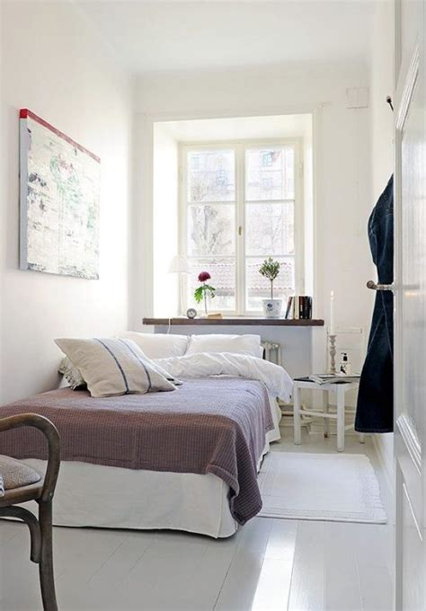 4 Smart Tips To Decorate Small Bedrooms Bedroom