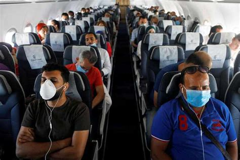 'Bad math': Airlines' COVID safety analysis challenged by ...