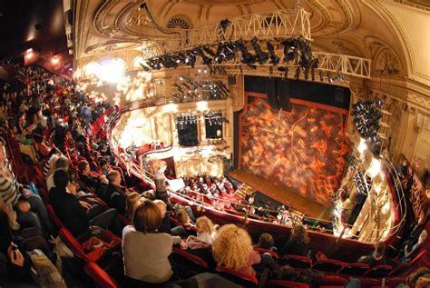 plan salle theatre mogador le th 233 226 tre mogador c est pas disney