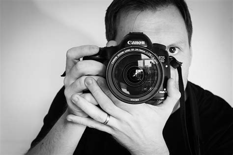 professional photographers pictures what equipment do professional photographers use