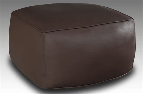pouf cuir chocolat