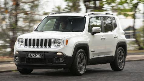 Jeep Renegade Photo by 2015 Jeep Renegade Pricing And Specifications Photos 1
