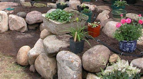 garden rocks lowes garden stones lowes landscape design