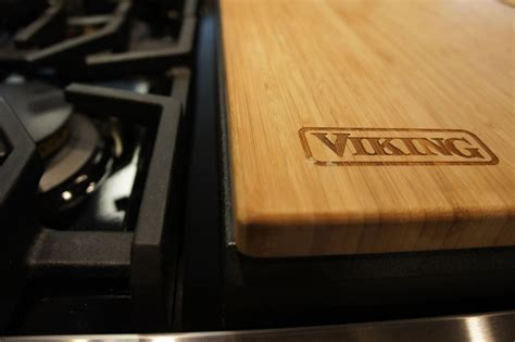 Viking chopping block griddle cover.   The Unique Kitchen