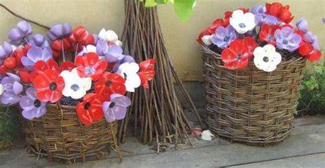creare fiori con bottiglie di plastica fiori e bouquet dalle bottiglie di plastica