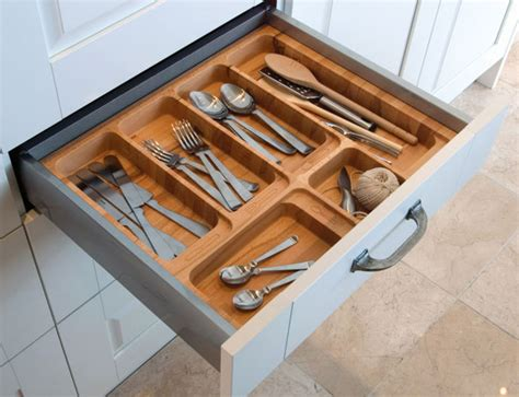 Kitchen Draw Organisers Uk by Kitchen Storage Solutions Cabinets Larders Drawers