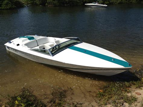 Donzi Boat Craigslist by 1995 Donzi Classic Powerboat For Sale In Florida