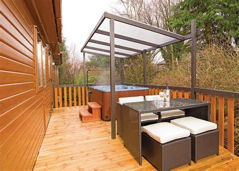 lodges in perthshire with tubs scotland s best tub escapes tub holidays hoseasons