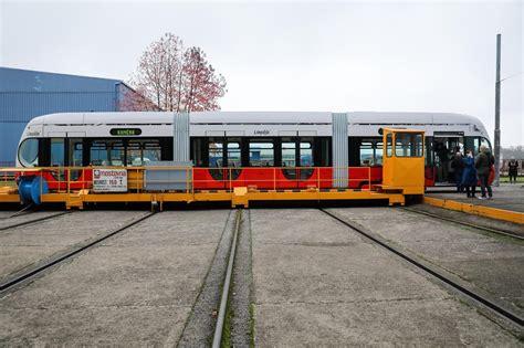 FOTO: Končar isporučio prvi od šest niskopodnih tramvaja ...