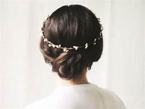 Simple Wedding Hair Accessories Weddbook