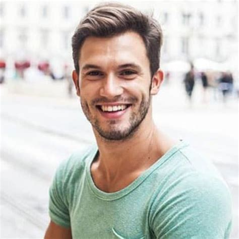Hairstyles For Guys by 19 College Hairstyles For Guys S Hairstyles