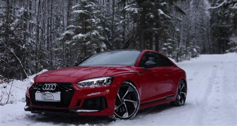 Audi Rs5 And R8 Look Stunning While Taking Advantage Of