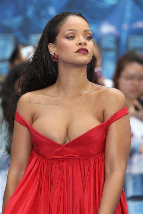 Rihannas Boobs Are The Star Of The Valerian Premiere