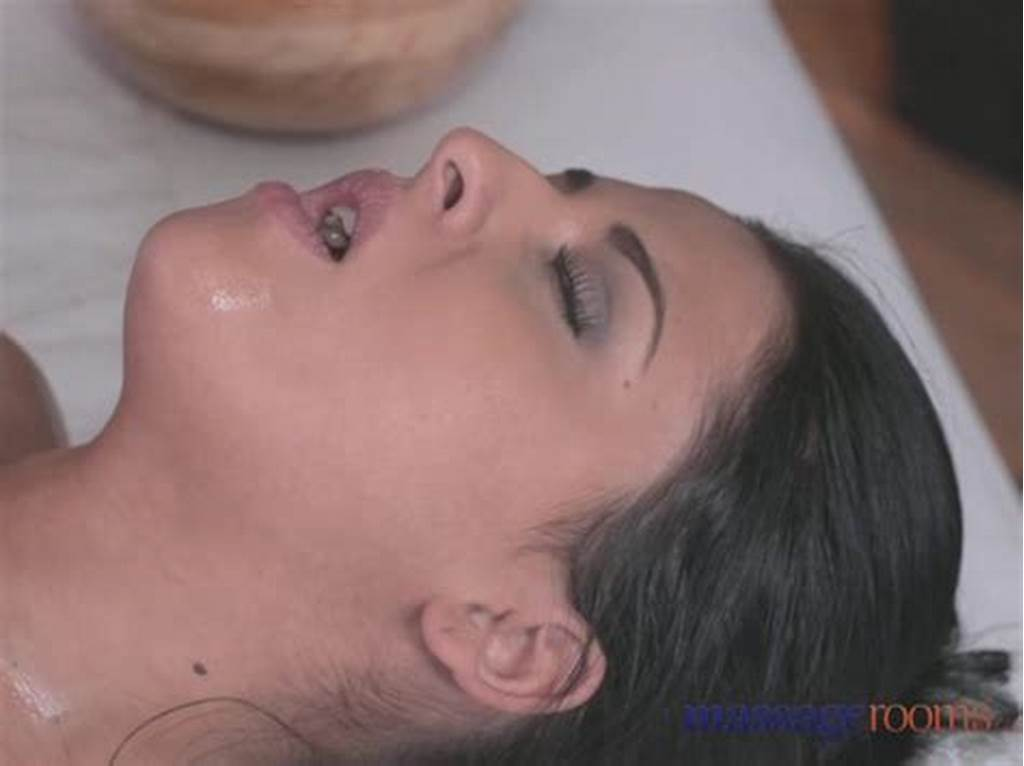 #Massage #Rooms #Sexy #Blonde #Gives #Black #Haired #Beauty #An