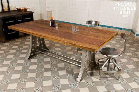 table cuisine bois brut formidable table salle a manger bois brut 11 le