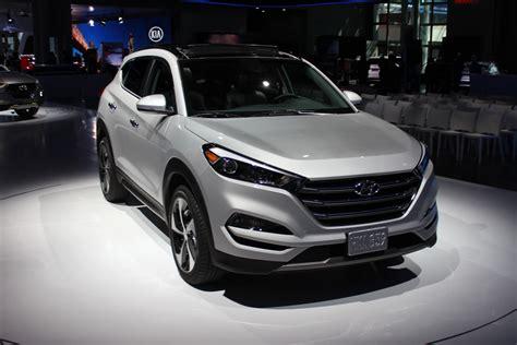 2016 Hyundai Tucson, 2016 Toyota Rav4, 2016 Ford Taurus