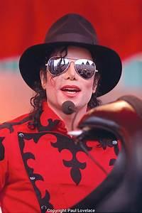 Michael Jackson at Opera House.   Paul Lovelace Photography