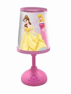 Petite Lampe De Chevet : disney princesse petite lampe de chevet disney princesses decokids tous leurs h ros ~ Teatrodelosmanantiales.com Idées de Décoration