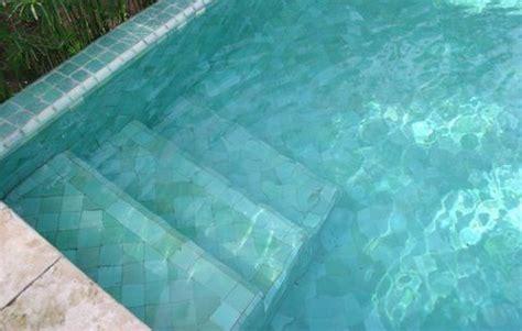 carrelage ceramique pour piscine carrelage c 233 ramique piscine