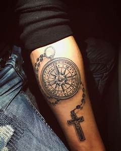 Armband Tattoo Bedeutung : kompass tattoo kreuz tattoo tattoo pinterest kompass tattoo tattoo kreuz und kreuz tattoo ~ Frokenaadalensverden.com Haus und Dekorationen
