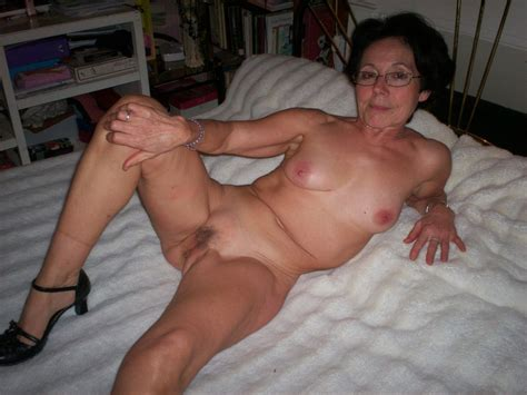 Mature Sex Horney Grannies