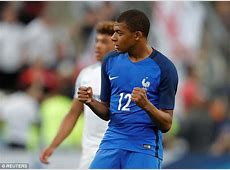 Unai Emery urges Kylian Mbappe to join PSG Daily Mail Online