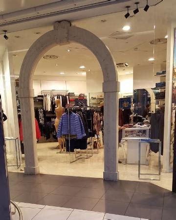 Interni Negozi - vista negozi interni foto di la grande mela shoppingland