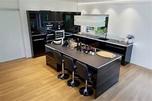 Küche Schwarz Hochglanz : einbauk che schwarz hochglanz ~ Michelbontemps.com Haus und Dekorationen