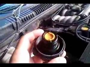 Liquide De Refroidissement Symbole : bouchon liquide de refroidissement lr sur p38 youtube ~ Medecine-chirurgie-esthetiques.com Avis de Voitures