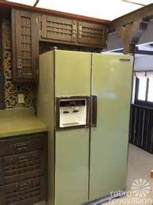 avocado green kitchen cabinets 70s kitchen avocado green refrigerator cabinets