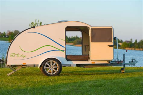 top   travel trailers  couples outdoor fact